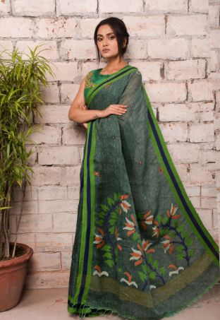 40% SALE on your favourite handloom saree collections, free shipping world-wide -
