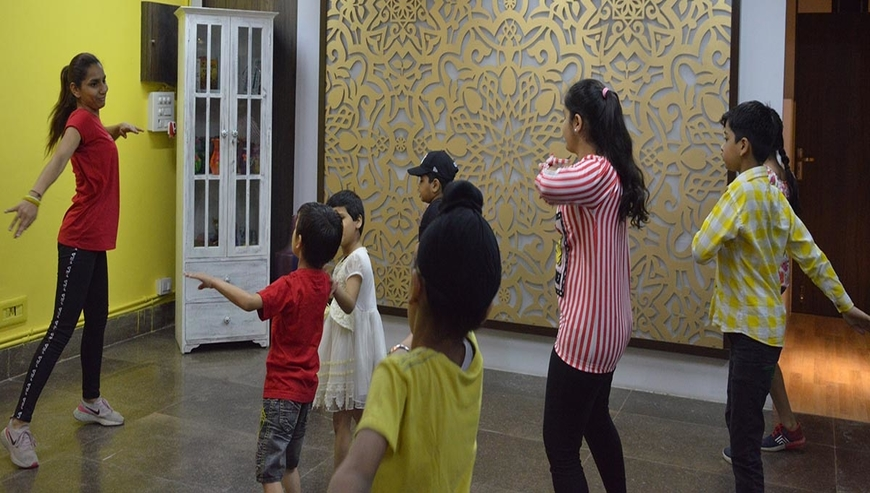 Bollywood dance classes in Dwarka | Insperante Institute