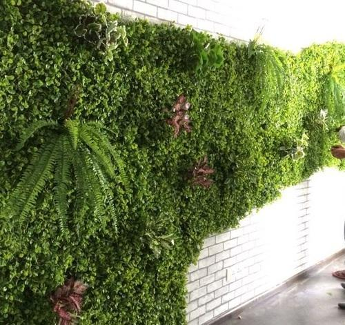 Meet with our one of the best artificial vertical garden manufacturers