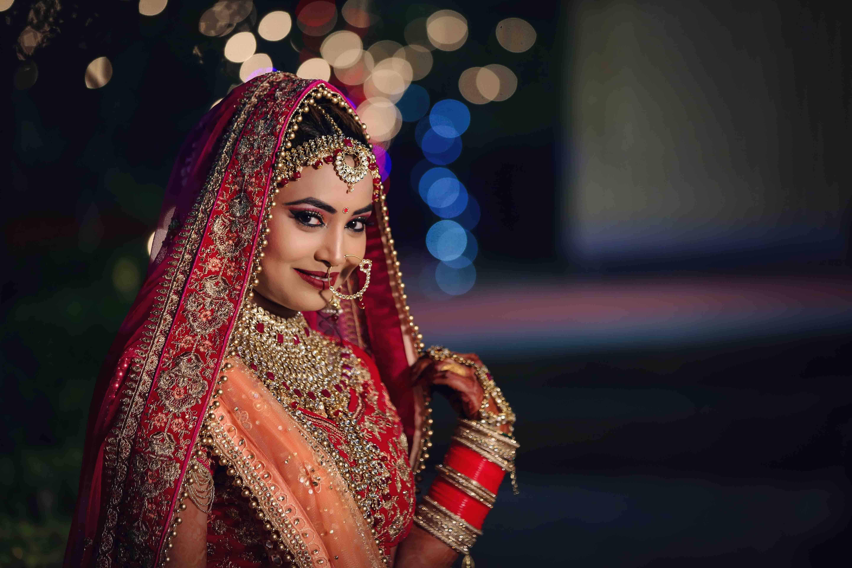 Beauty Parlour in Ballabgarh Faridabad | Veenus Professional