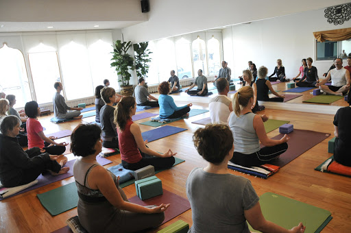 Sky Rocket your knowledge with Yoga Teacher Certification